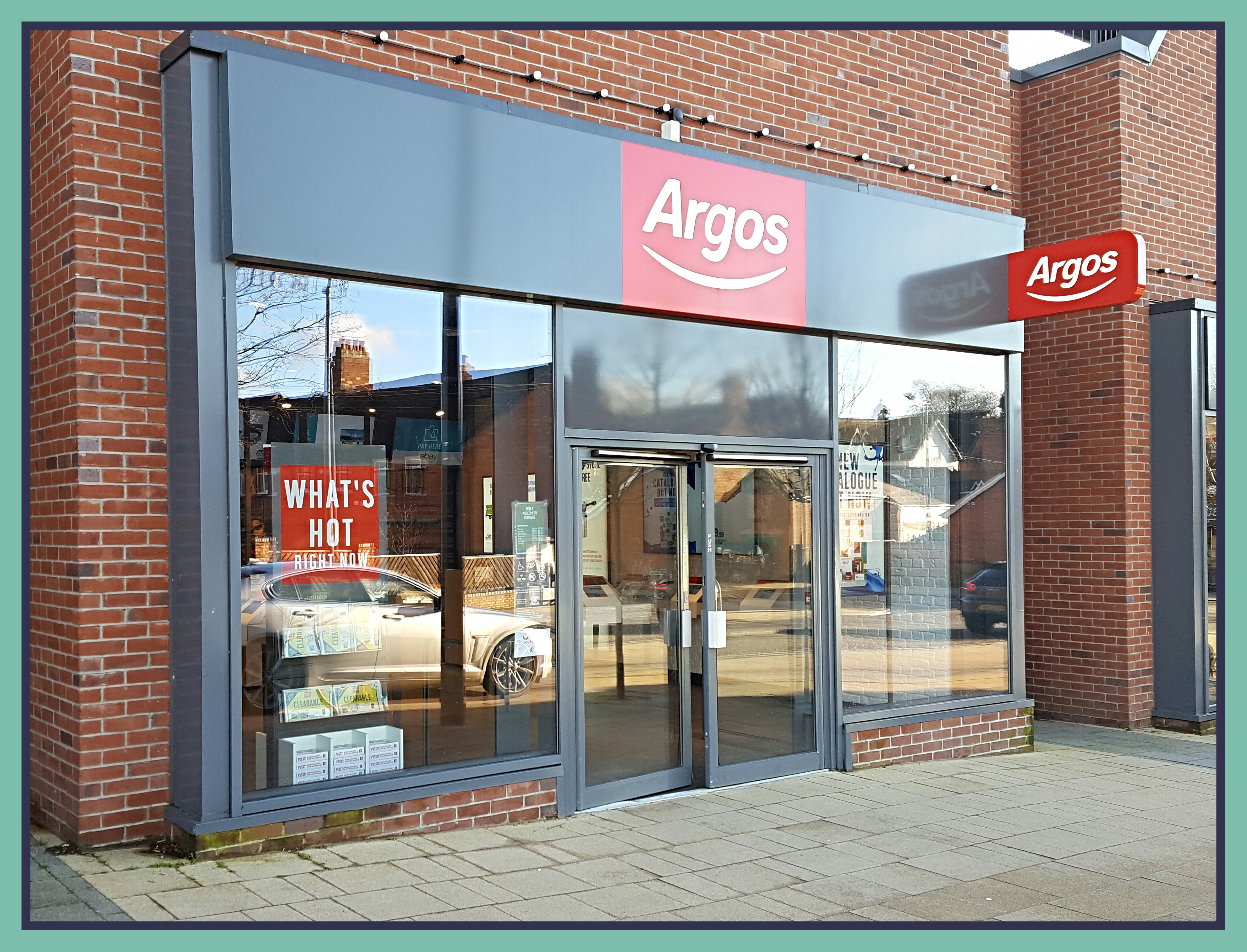 Argos Offering More Than 60 000 Products Online And In Store Sing Bentley Heath